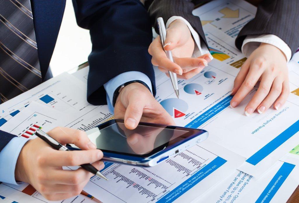 računovodstvo, računovodski servis, finančno svetovanje, vodenje knjig, knjigovodstvo, organizacija, računovodkinja, računovodja, davki, podjetništvo, ustanovitev podjetja,