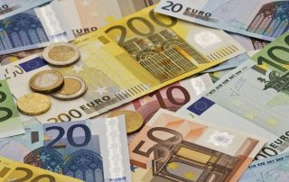 eurosGettyIDanitaDelimont-5932e1283df78c08ab04de54